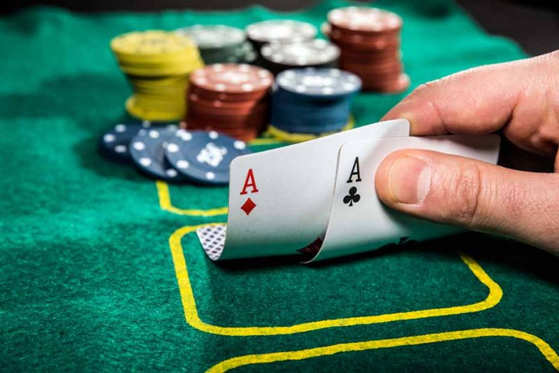 poker games against computer